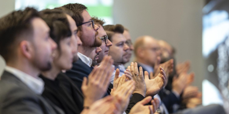 WJ Karlsruhe Wirtschaftsjunioren Karlsruhe zu Gast bei der BASF Mannheim zur Podiumsdiskussion Europa hat Mehrwert im Dezember 19.12.2019 mit Günther Oettinger