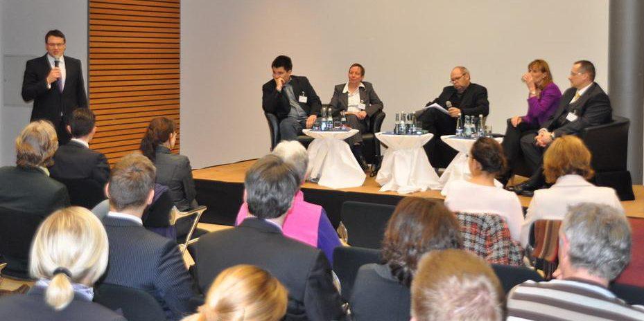 Wirtschaftsjunioren Karlsruhe WJ Karlsruhe Die Junge Wirtschaft Podiumsdiskussion