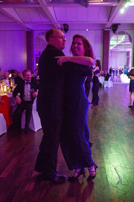 Tanzendes Paar auf der JCI Senatorenkonferenz 2018 in Karlsruhe Ettlingen