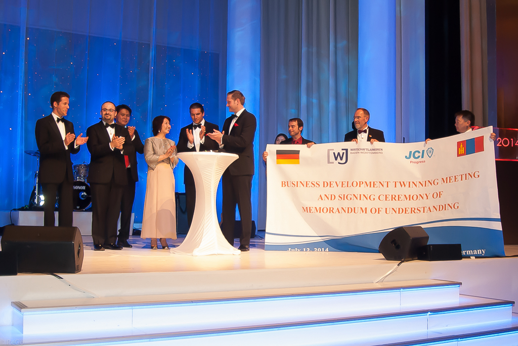 Horst Wenske 10^4 beim Buisness Development Twinning Meeting WJ Karlsruhe JCI