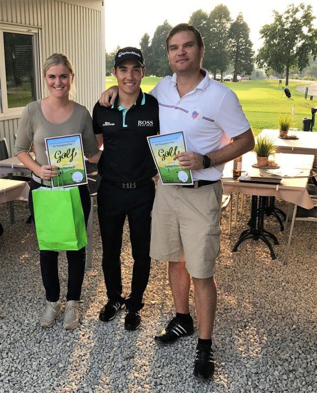 Siegerin Julia Eberhardt - Golfpro Dominic Foos & AK-Leiter Carsten Preuss (2. Platz)