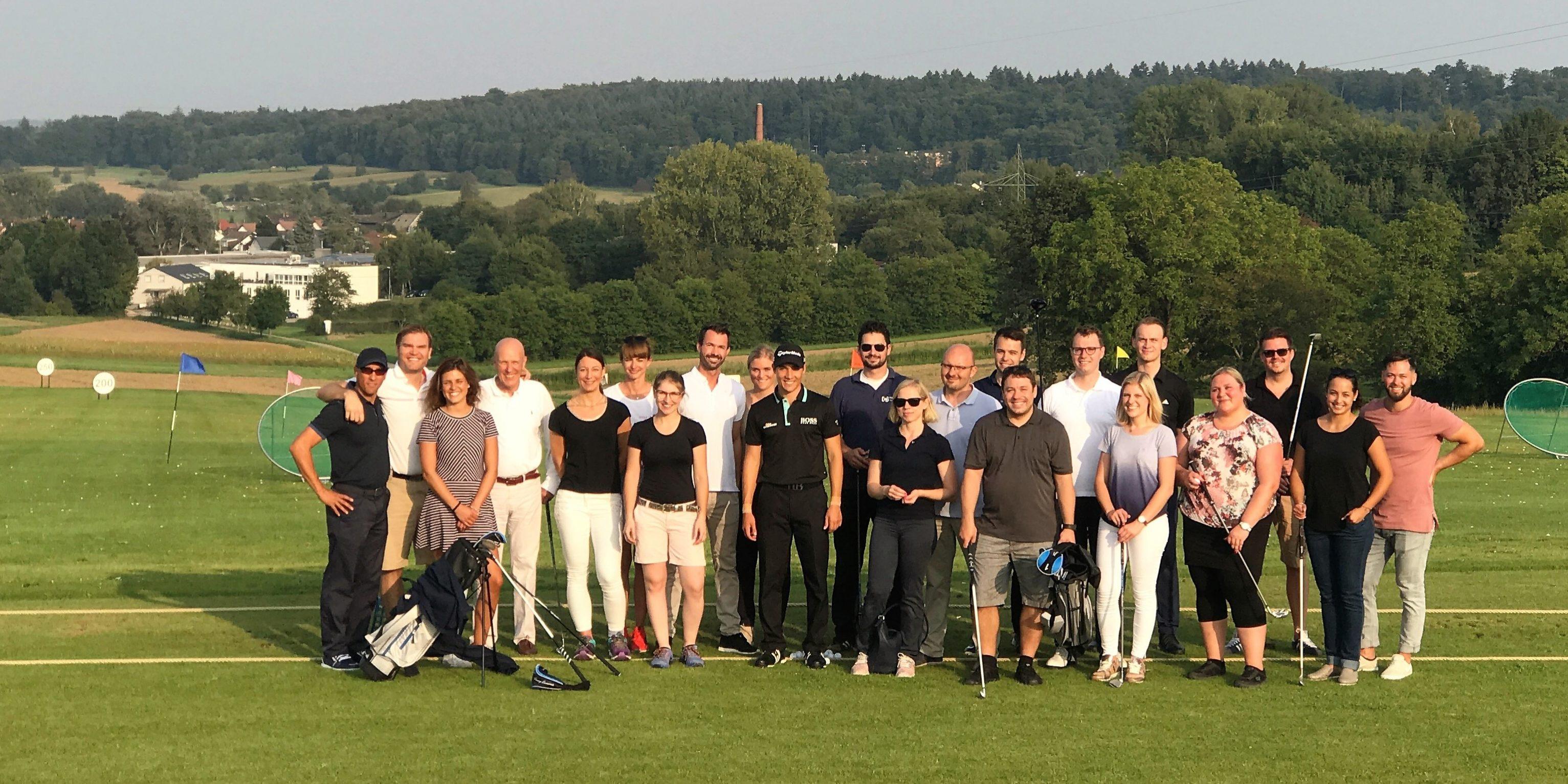 WJ beim Golfen auf Gut Batzenhof